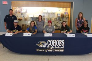 Five seniors continuing athletic careers